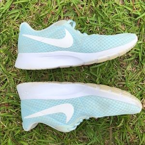 Nike Shoes - Nike Shoes